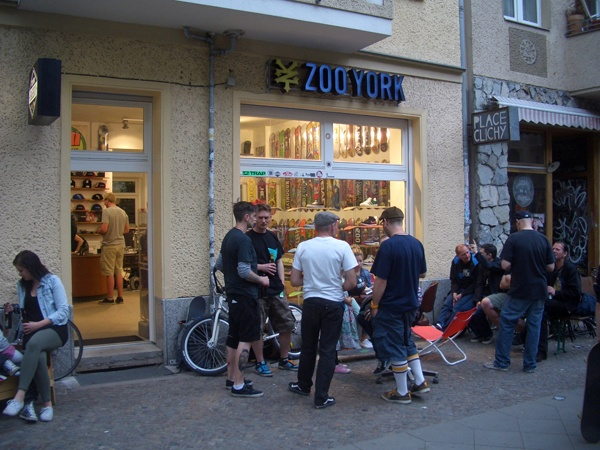 "Zoo York ""Barrio"" Store in Berlin F-Hain opening review pics! http://boardsickness.de/zoo-york-barrio-berlin-skateshop-opening-review/"
