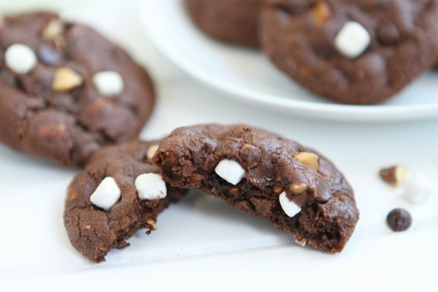 Mini Rocky Road Cookies | Rocky Road Cookie Recipe | Two Peas & Their Pod