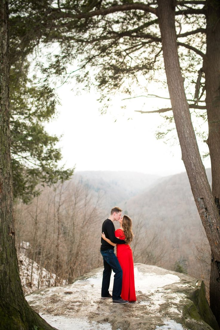 Pittsburgh Wedding Photographer, winter engagement photos, winter engagement pictures, winter engagement pics, Pittsburgh Engagement Photographer, red dress, engagement shoot outfits
