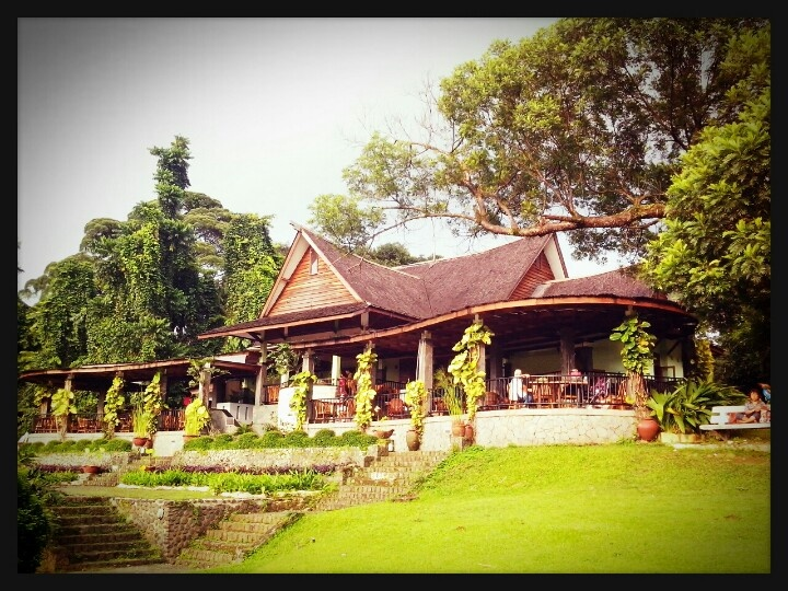 deDaunan Cafe, in site Bogor Botanical Garden, Bogor, Indonesia.