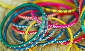 Count on your lucky color ladies! Choose a color and cross your fingers. Things Needed: A Bowl, well mixed colorful bangles, few paper chits and a paper to write marks, a dupatta for blindfolding.