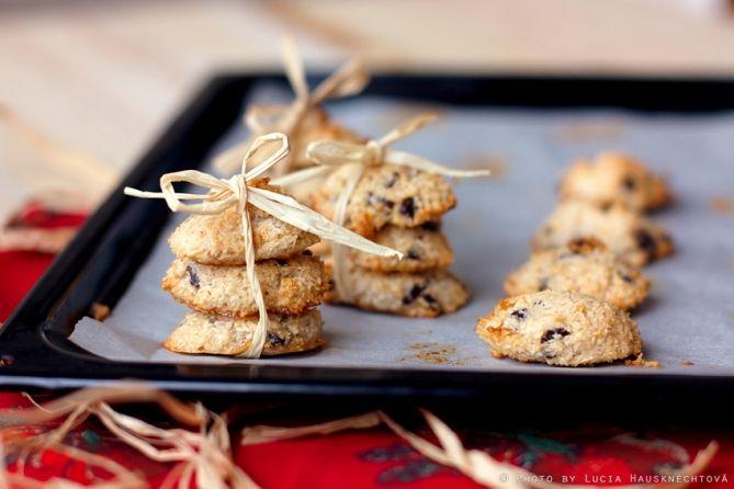 Na Vianoce si okrem majonézového šalátu, kapra či nejakého filé doprajeme aj množstvo domácich pečených dobrôt. Tie k týmto sviatkom