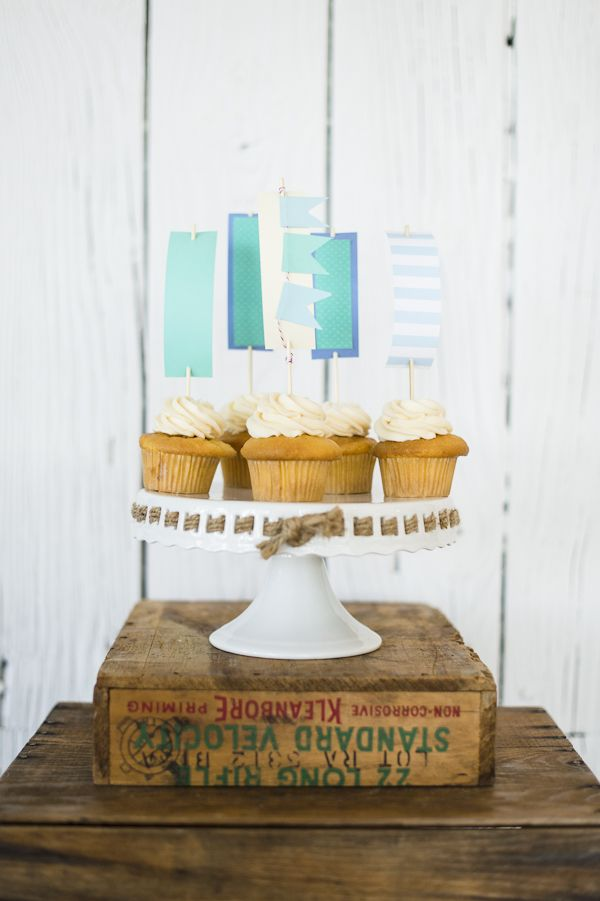 Nautical Sailboat Cupcakes... idea for Amy's  My Little Cupcakes. http://www.facebook.com/pages/My-Little-Cupcake/353105174747927