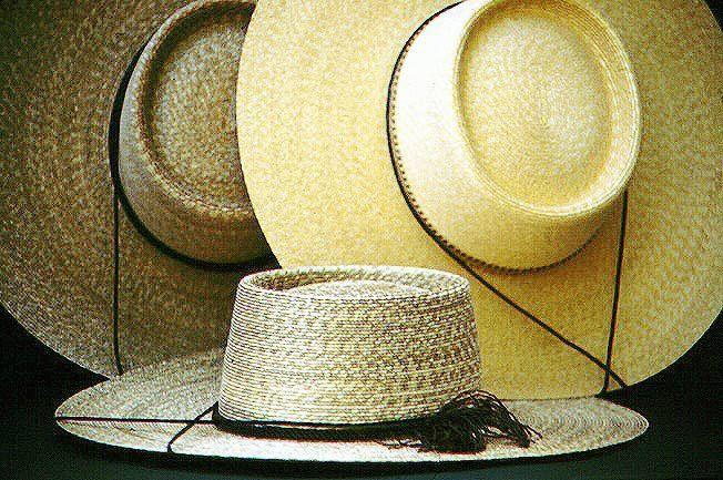 Artesania chilena sombrero de huaso.