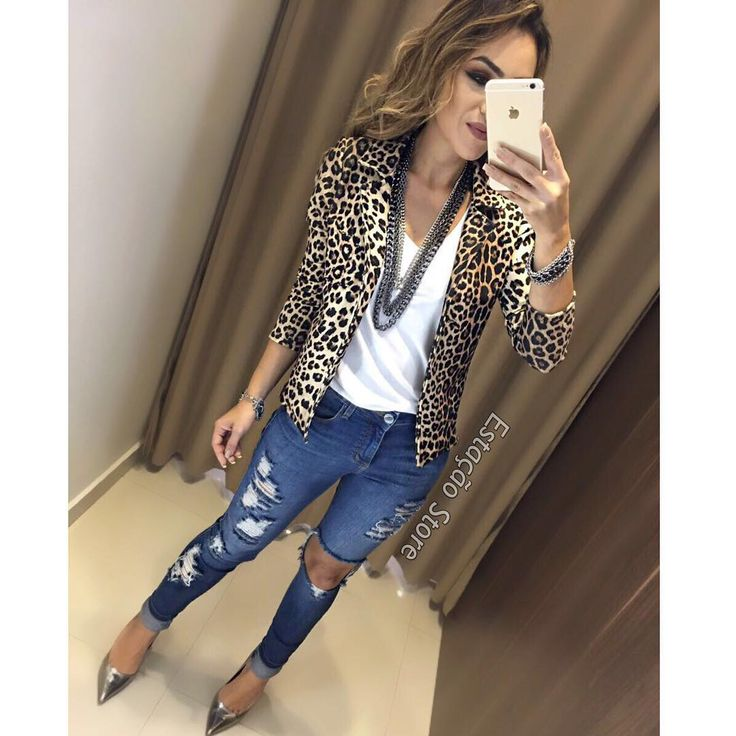 """3,656 curtidas, 28 comentários - Estação Store (@estacaostore) no Instagram: """"Uaaaal, apaixonada por este Blazer !! ❤️ Blazer Fabi   Blusa Sofia   Calça Jeans Gabriele…"""""""