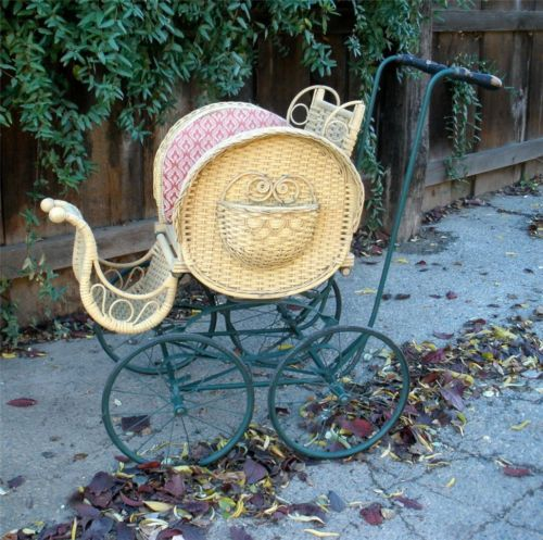 victorian baby carriage | ... KELLY BROTHERS Victorian Wicker Baby Stroller Doll Buggy Carriage Cart