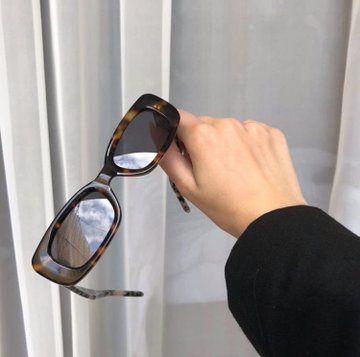 Sunglasses For Your Face Shape, Cute Sunglasses, Trending Sunglasses, Cat Eye Sunglasses, Sunnies, Jewelry Accessories, Fashion Accessories, Sunglasses Accessories, Cool Glasses