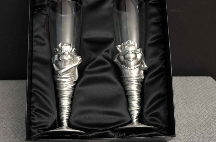 Tasmanian Devil TAZ MRS TAZ Seagull Pewter Champagne Toasting Flutes Glasses | eBay