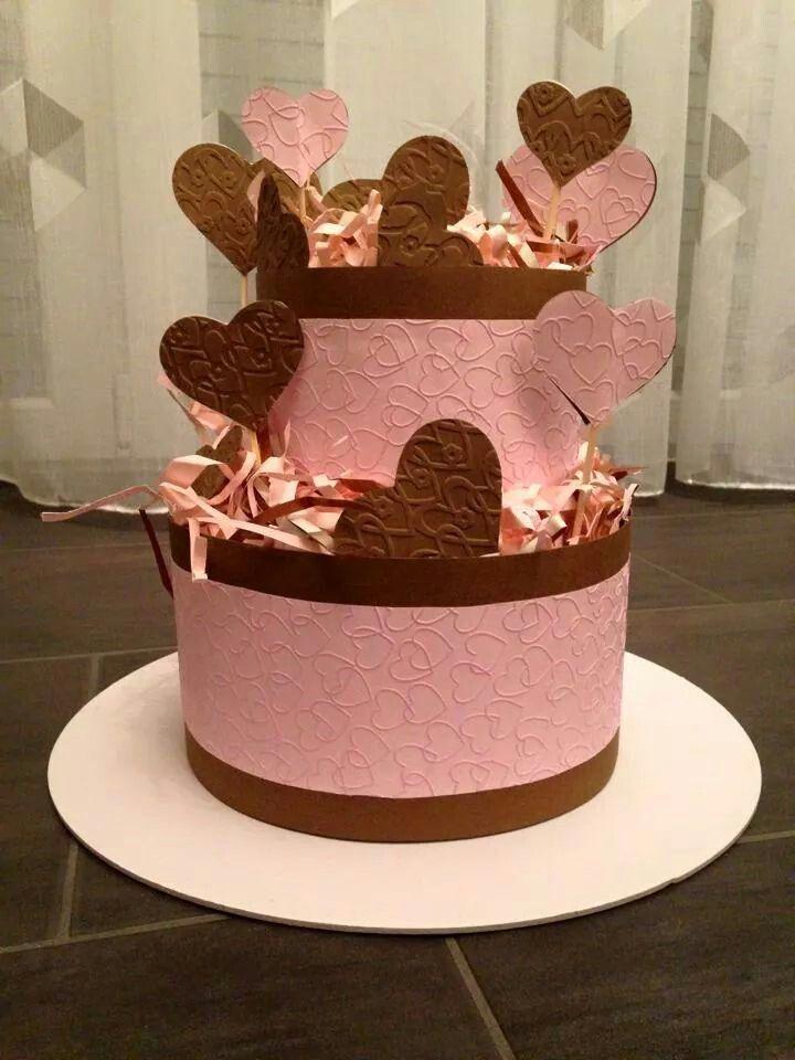 Torta panna/fragola e cioccolato ma...non si assaggia!