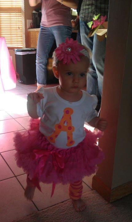 Polka dot party . . . too cute!!!