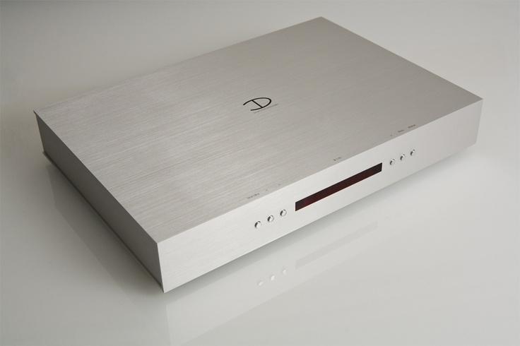 ...DENSEN B110+, Integrated Amplifier.