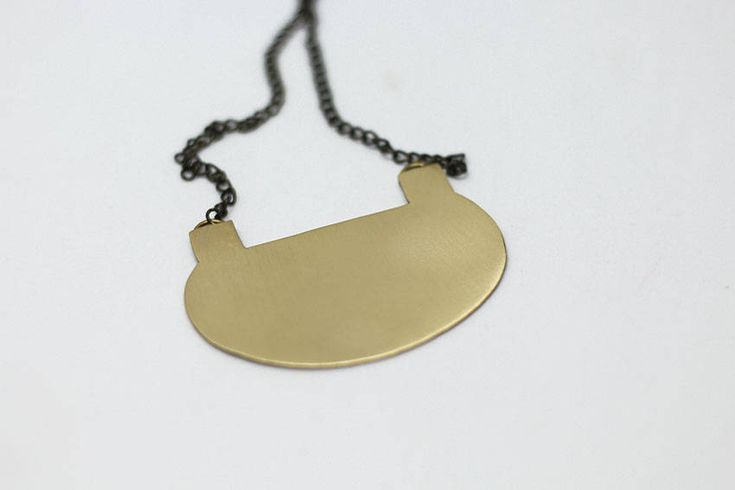 Oval Necklace, Geometric Brass Necklace, Geometric minimal jewelry, Designer necklace, simple, everyday necklace, lightweight, urban http://etsy.me/2zm1E4Q #jewelry #necklace #gold #brass #girls #geometric #oval #birthday #minimalist