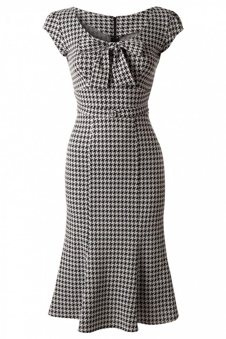 1960s Grande Houndstooth Wiggle Dress