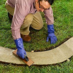 How to Make Concrete Garden Edging - Finishing