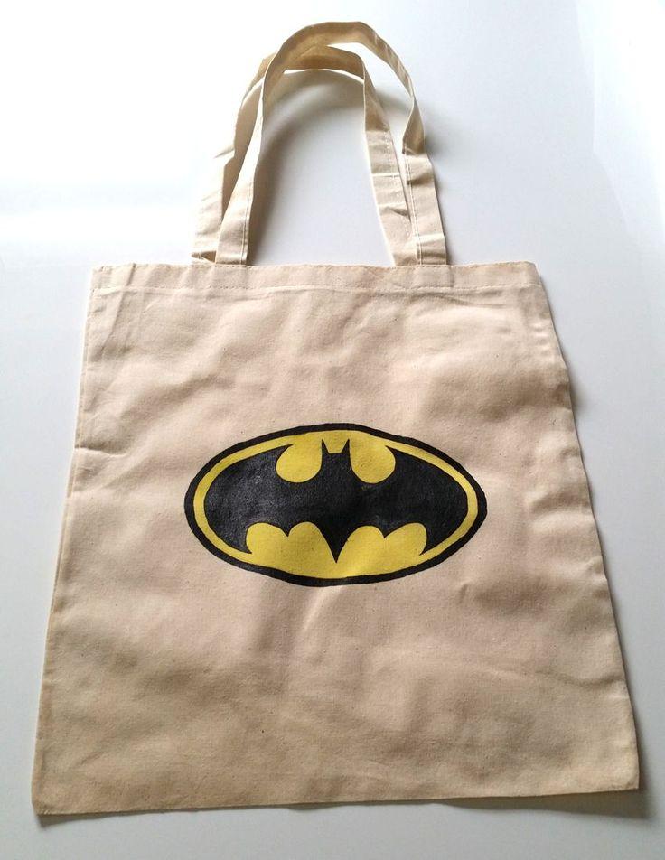 Batman Temalı Bez Çanta  Batman Temalı Bez ÇantaHam bez çanta üzerine elde kumaş boyası ile boyanmış omuzdan.... 211909