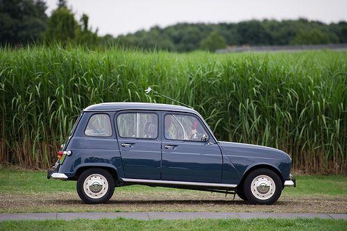 Renault 4 #Siepelmarkten