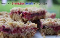 Une recette de barres aux framboises, bleuets et avoine !