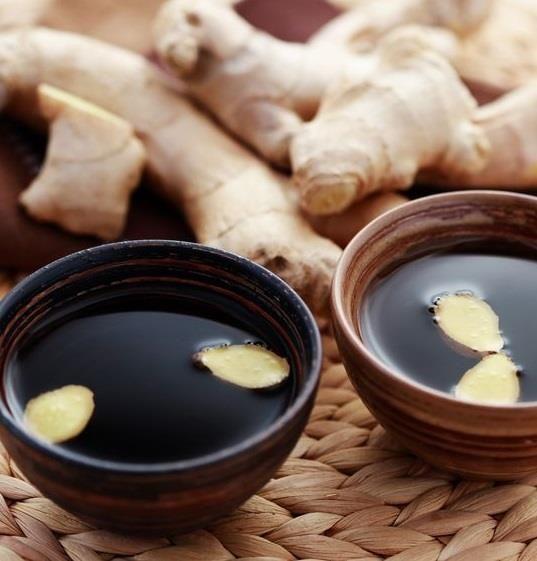 Zenzero, tè verde e chiodi di garofano per stimolare il metabolismo caricandoci di energia