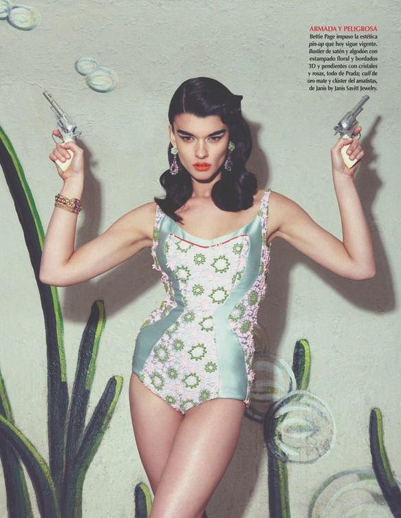 shoot em up style: Fashion Beautiful, Vogue Mexico, Nagi Sakai, Inspiration, Latin America, Vogue Latin, Bangs Bangs, Crystals Renn, Crystal Renn
