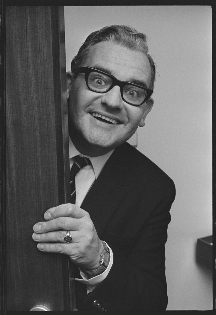 TV Times's unseen portraits of celebrities – in pictures: Ronnie Barker
