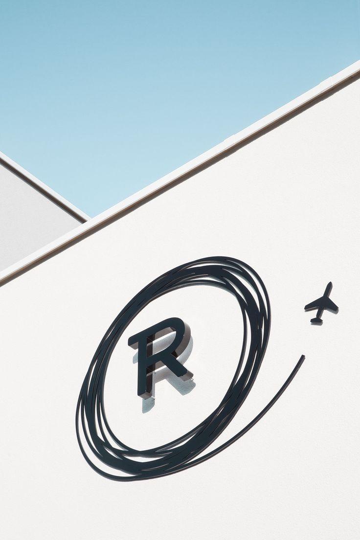 Logo Het Reiswinkeltje | MAISTER creative service unit | See more @ http://www.maister.be/portfolio/het-reiswinkeltje #travel #logo #reiswinkeltje