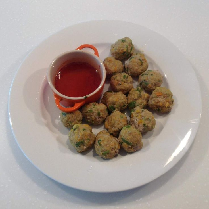 Recipe Vietnamese Lemongrass & Pork Balls with Dipping Sauce (Varoma Steamed) by Thermomistress - Recipe of category Starters