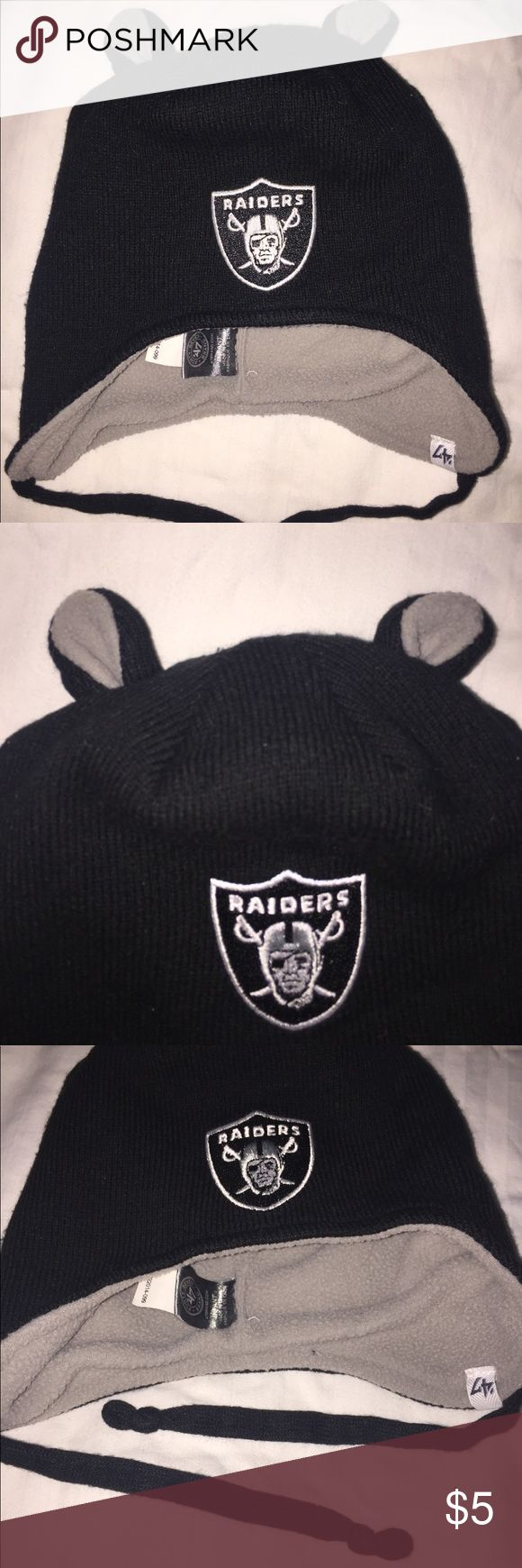 ❤️Oakland Raiders Infant Beanie Black and gray infant beanie with little ears and Oakland Raiders emblem. Soft and very comfy. No size listed on item, but probably fits size 6-12 months. GUC, no stains or holes. Accessories Hats