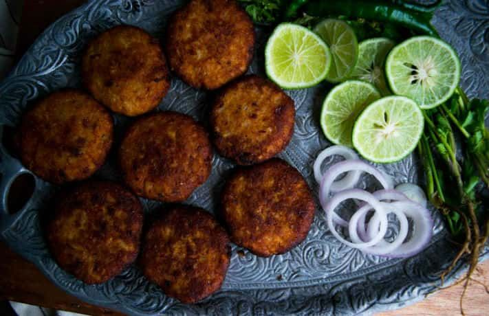 जिमीकंद के कबाब घर पे कैसे बनाये फोटो पे क्लिक करे और रेसिपी देखे Learn Jimikand Kabab Recipe and Get More Indian Recipes In Hindi Click Hear http://www.indianfoodrecipesonline.com/jimikand-kabab-recipe/
