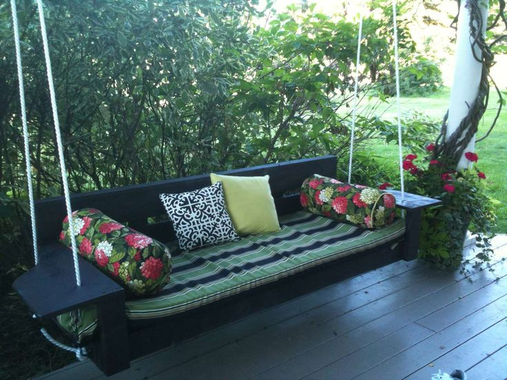 Porch Swings Design ~ http://www.lookmyhomes.com/enjoy-the-warmth-of-the-family-along-with-porch-swings/