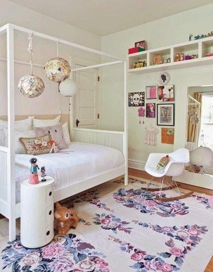 Love the mood of this room. #kids #decor