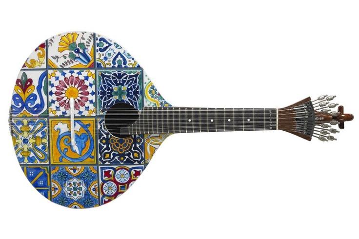 Portuguese Guitar Reinvented