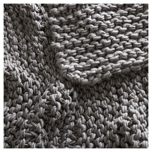 Wrap yourself in the irresistible softness of this Chunky Knit Throw. Drape this handmade throw across your sofa or bed to add a luxurious touch and lush feel to your décor. Incredibly soft and cozy, this cable knit throw is perfect for snuggling up in after a long and tiring day.