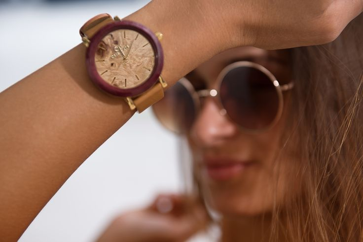 Find your personal style with a Purple Heart & Driftwood 42mm