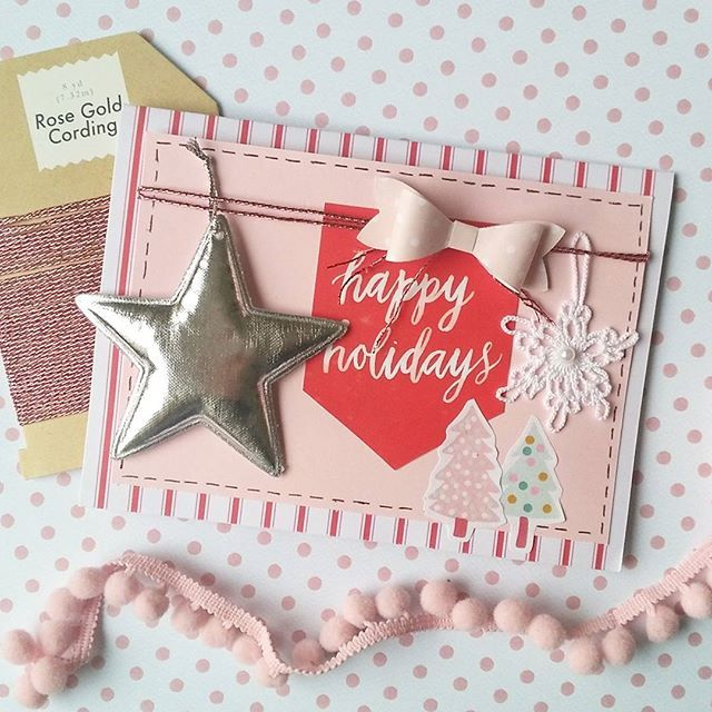 For all red lovers out there 😉😂♥#red #redandwhite #cardmaking #scrapbooking #snailmailer #sendmoremail #happymailday #happymail #postcard #cratepaper #diecut #silver #star