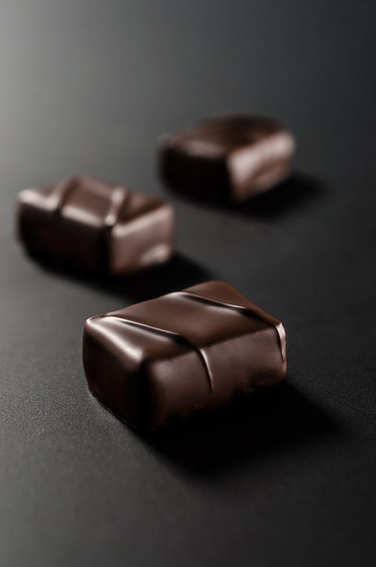 laboratorio professionale cioccolateria - ganache cioccolato fondente al tè nero, earl grey