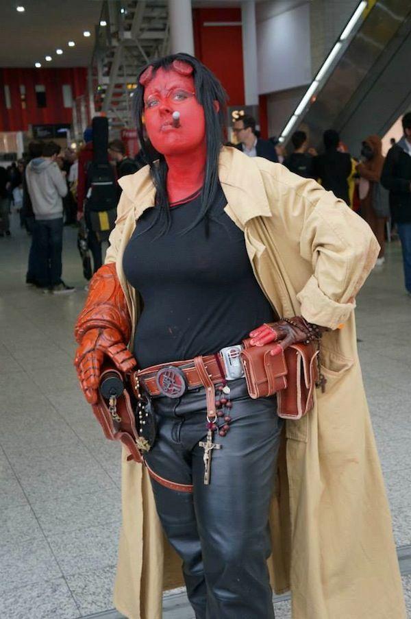 female hellboy cosplay   Incredible Femme Hellboy [Cosplay]
