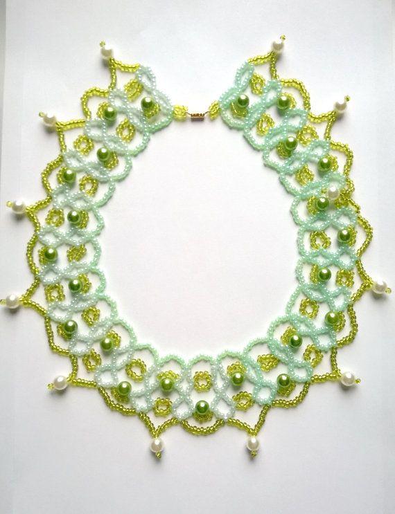 #Green #Emerald #Beaded #Necklace #Beadwork by @AnnasCJHM #etsyshop #handmade #etsy #springgifts #forher
