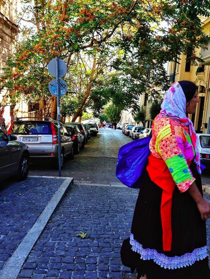 «Walking in colors» © Rapha Labaca Castro, #Athens