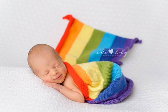 This is a gorgeous bright rainbow blanket perfect for your rainbow baby photo shoots! This newborn photography prop is knit from a mohair yarn.  It measures approximately 40cm /80cm  Write to me in other dimensions, I can do for you every size   Blanket is from a smoke free and