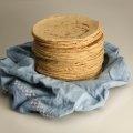 Estas tortillas saben deliciosas recien hechas para acompañar los platillos mexicanos.