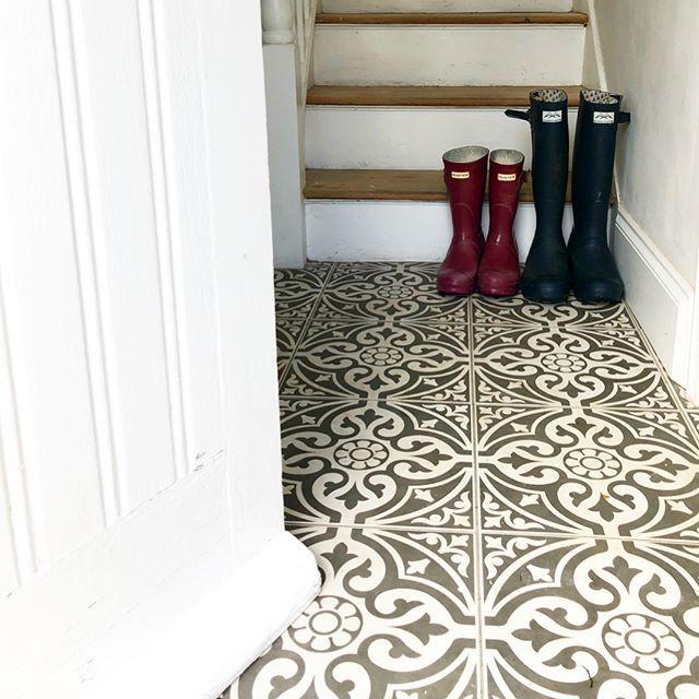 Devon Stone Grey Feature Floor Tile 33x33cm Tile Floor Flooring Stone Floor Bathroom