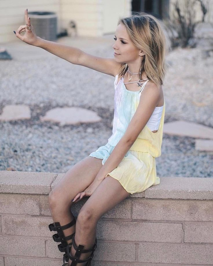 young-girl-dress-up-hot