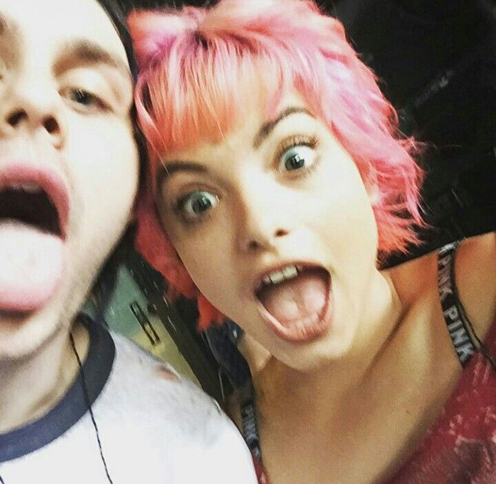 mikey and nia>>are y'all gunna be mad if I ship this??