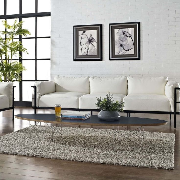 The Surfboard coffee table is a favorite among commercial reception and lounge areas, that seek something both formative and conceptually unobtrusive.