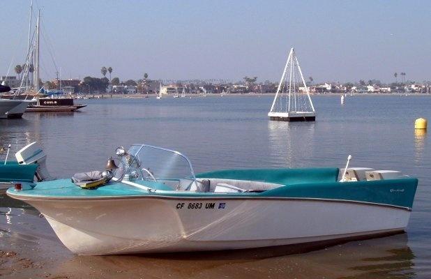 how to finish fiberglass boat