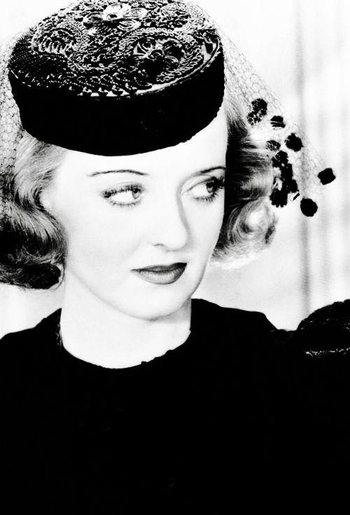 Bette Davis in Marked Woman, 1937