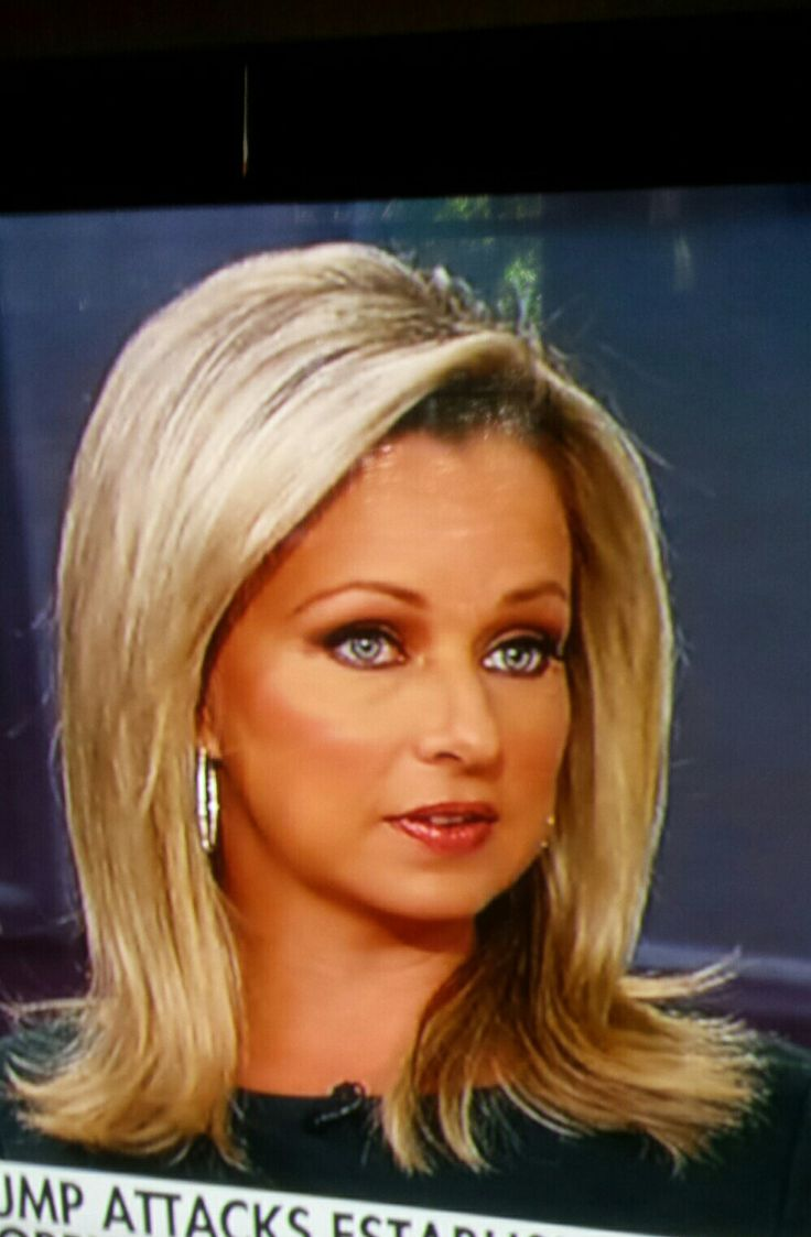 Sandra Smith Fox News hair