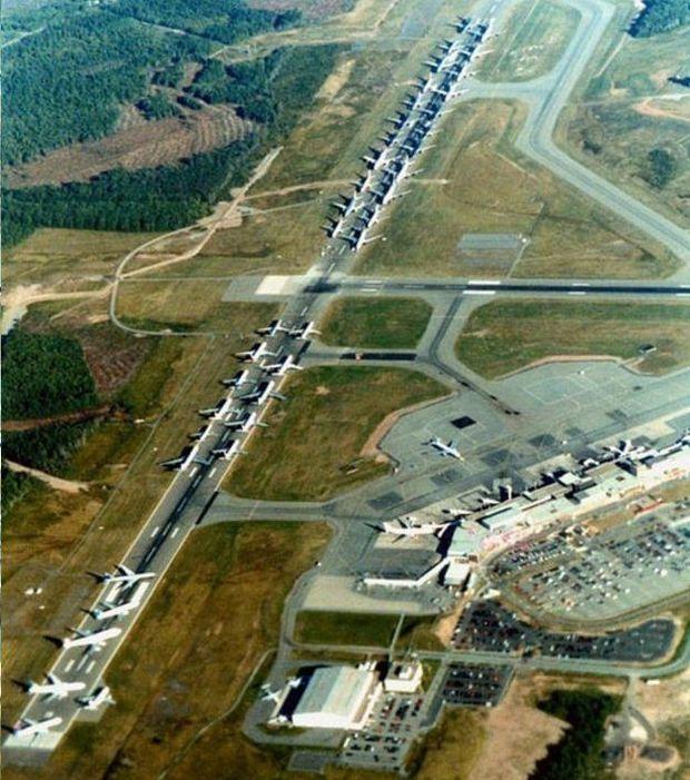 Des avions sont cloués au sol le 11 septembre 2011