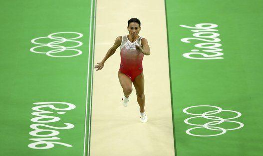 41歳、最高齢のオリンピック女子体操選手「強い気持ちがあれば、何だって可能です」