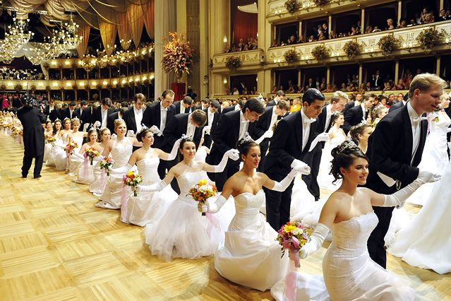 Debütanten  #ball #banquet #classy #elegant